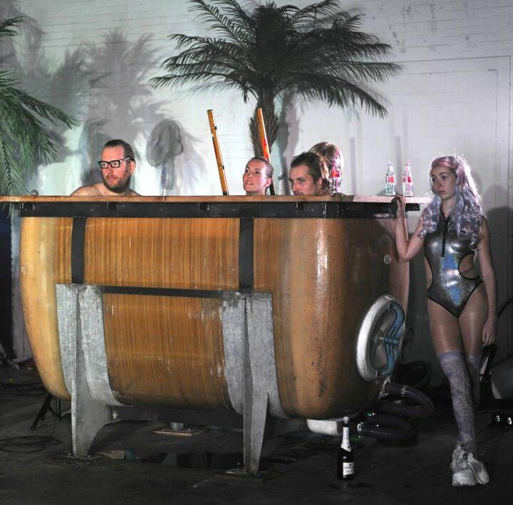 De voorstelling 'BAM – Kunst is geen kast' van De Warme Winkel